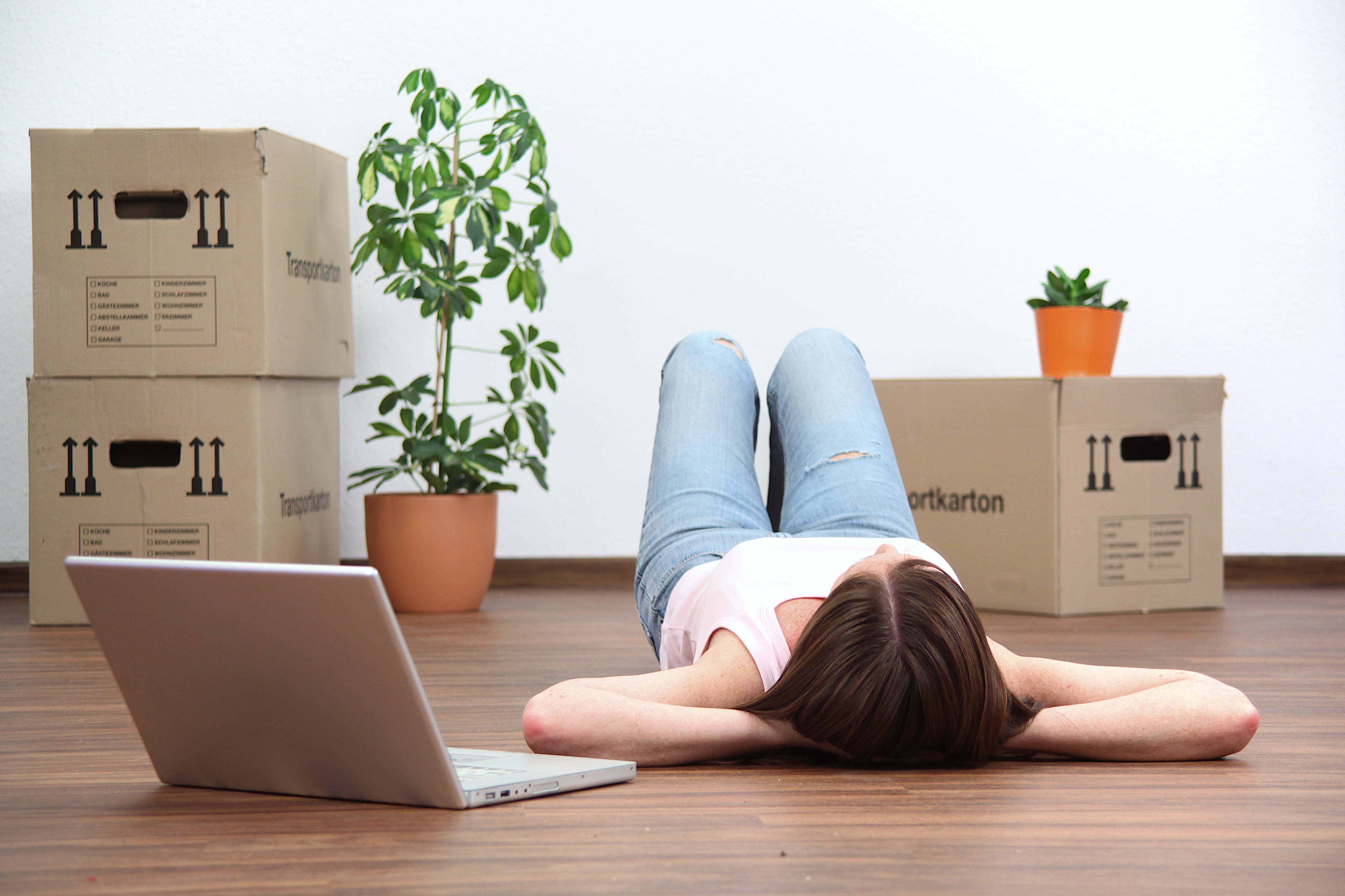 Hvad skal man huske at gøre inden man flytter ud?